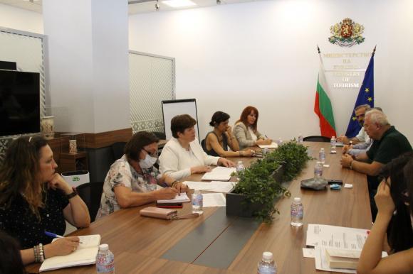Върви се към узаконяване на статута на хижите в България