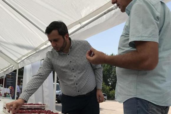 Замминистър залъгва производители на малини с общи приказки