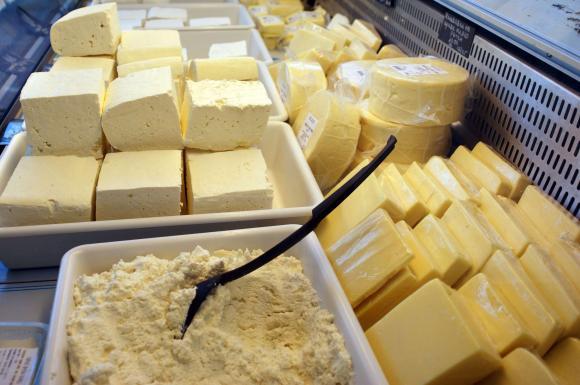България е произвела за пазара 55 тона овче сирене, Италия – над 12 хиляди тона